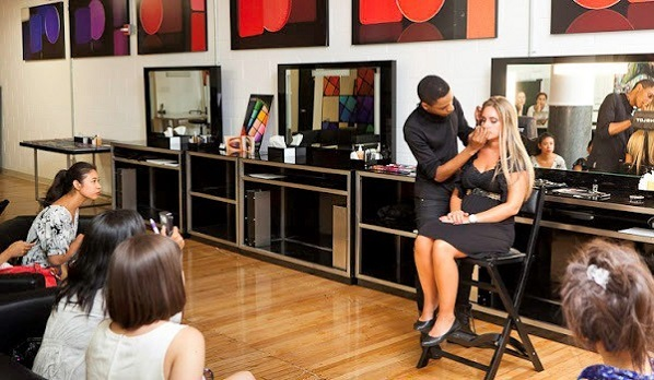 school for makeup artists in San Francisco